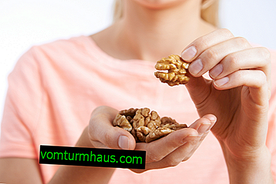 The benefits and harms of walnut for women, how to use it